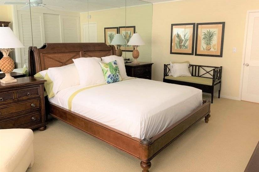 1st bedroom with king size bed