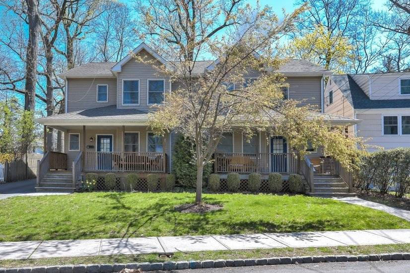 image 3 furnished 3 bedroom Townhouse for rent in Summit, Union County