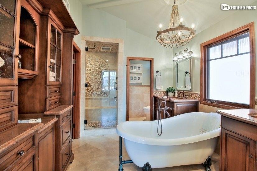 Pristine Master Bathroom