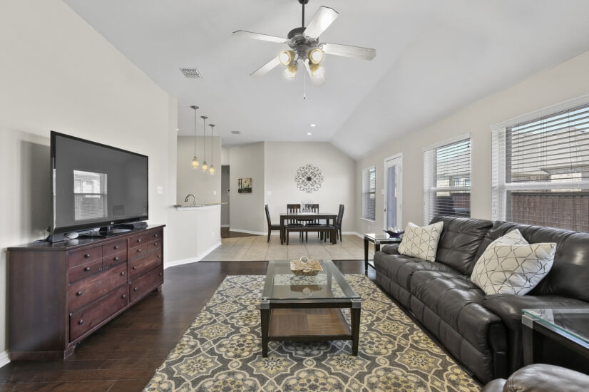 image 10 furnished 4 bedroom House for rent in Oak Point, Denton County