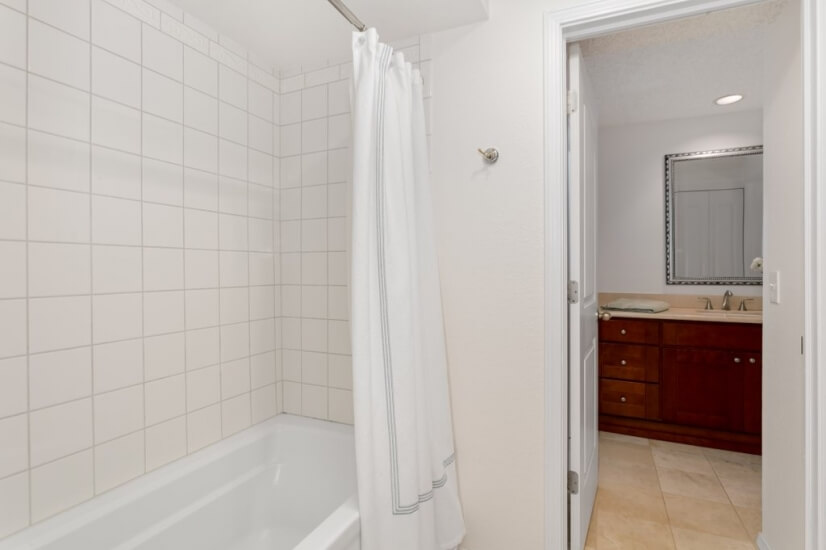 image 17 furnished 2 bedroom Townhouse for rent in Bellevue, Seattle Area