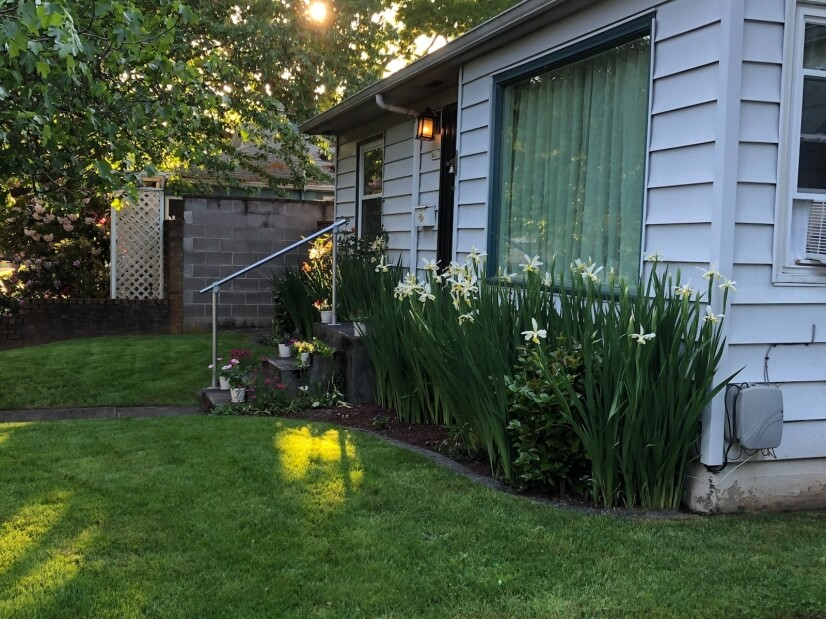 image 3 furnished 2 bedroom Apartment for rent in Portland Southeast, Portland Area