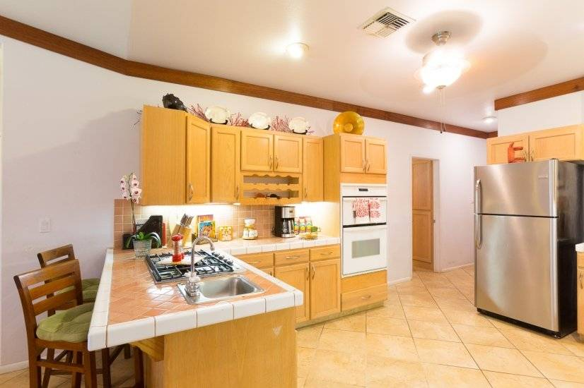 image 9 furnished 5 bedroom Apartment for rent in Lahaina, Maui