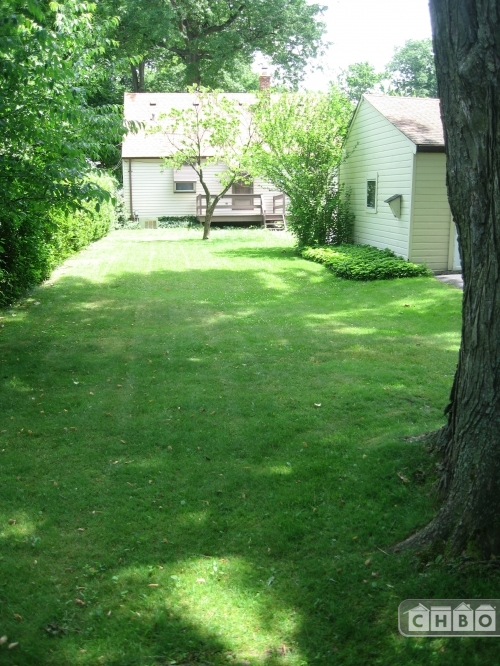 image 11 furnished 3 bedroom House for rent in Fairview Park, Cuyahoga County