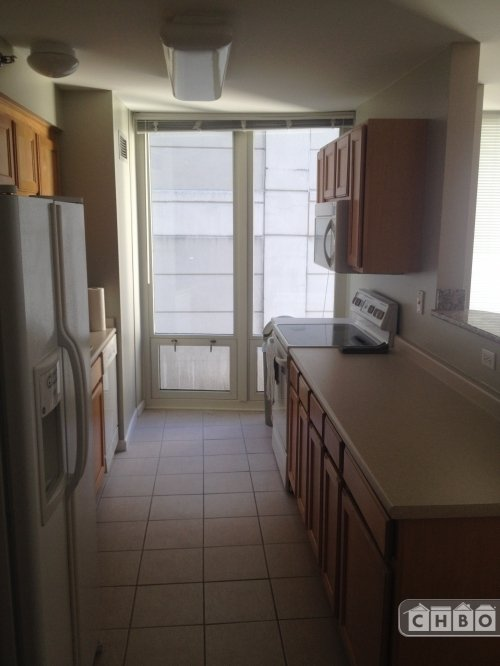 image 8 furnished 2 bedroom Townhouse for rent in Near North, Downtown
