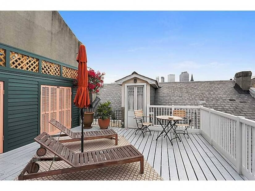Sundeck shared with one neighbor who lives out-of-state
