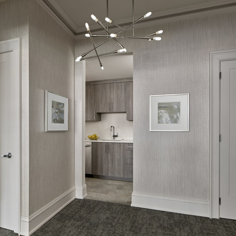 Platinum Two-bedrom Foyer with view of kitche