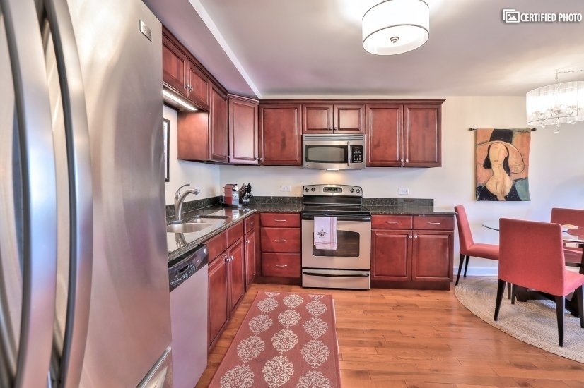image 5 furnished 1 bedroom Townhouse for rent in Loop, Downtown
