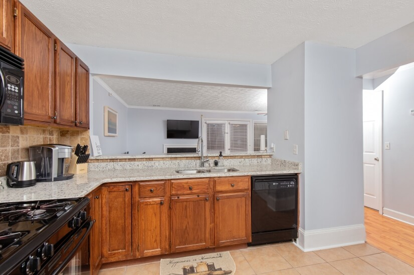 image 10 furnished 3 bedroom Townhouse for rent in Kennesaw, Cobb County