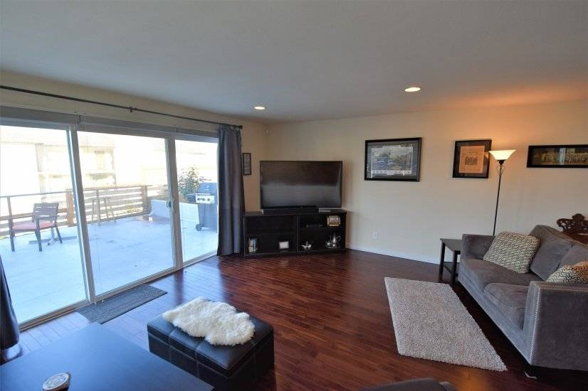 image 4 furnished 3 bedroom House for rent in Des Moines, Seattle Area