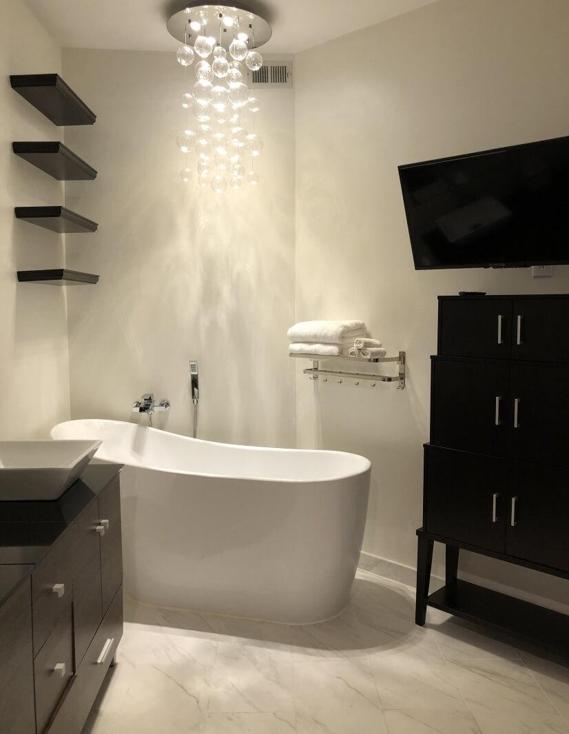 Master Bathroom Dimmer Chandelier/Tub