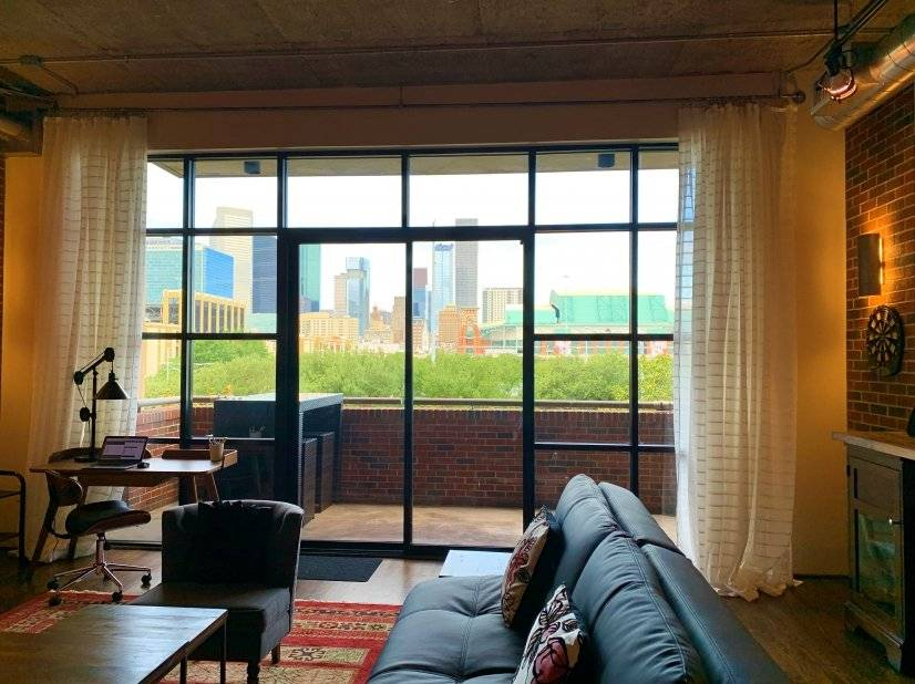 Loft with picture-perfect views of Houston skyline
