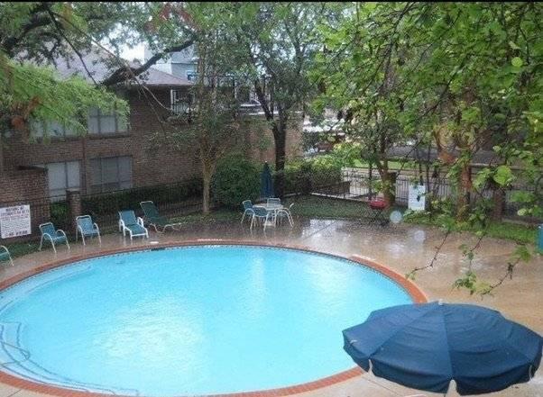 image 15 furnished 1 bedroom Townhouse for rent in Melshire Estates, Dallas