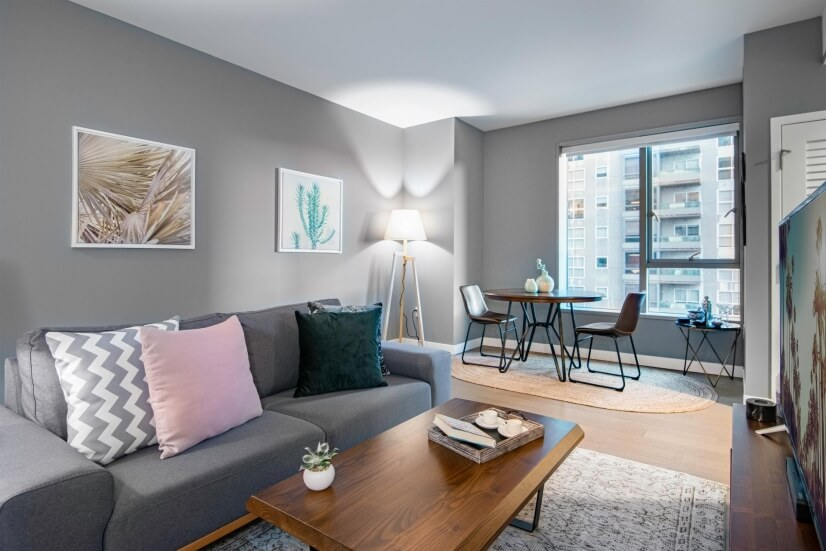 1BR in the Central Business District