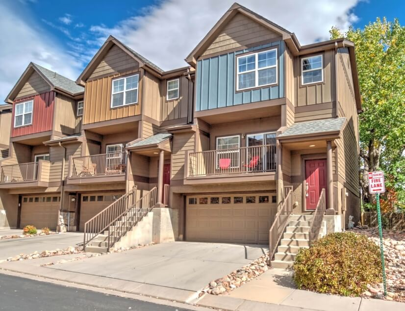 $2800 2 Holland Park Colorado Springs, South Central Colorado
