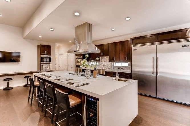 Modern Contemporary Downtown Summerlin