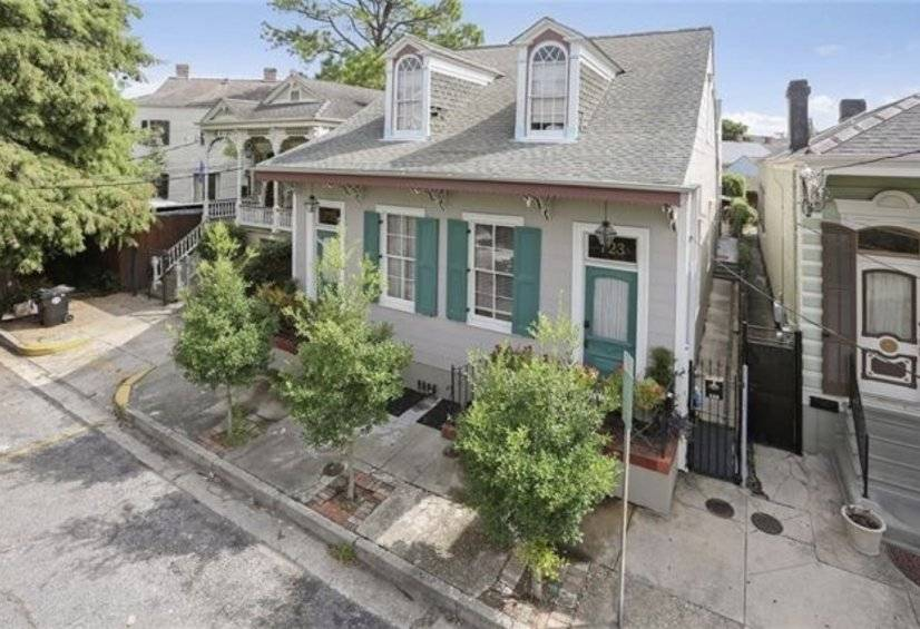 $3000 2 French Quarter, New Orleans Area
