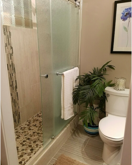 2nd Bathroom & Standup Shower