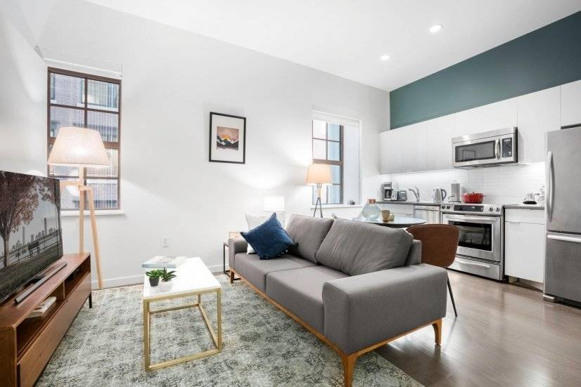 Furnished, Urban FiDi 1BR, w/ Doorman