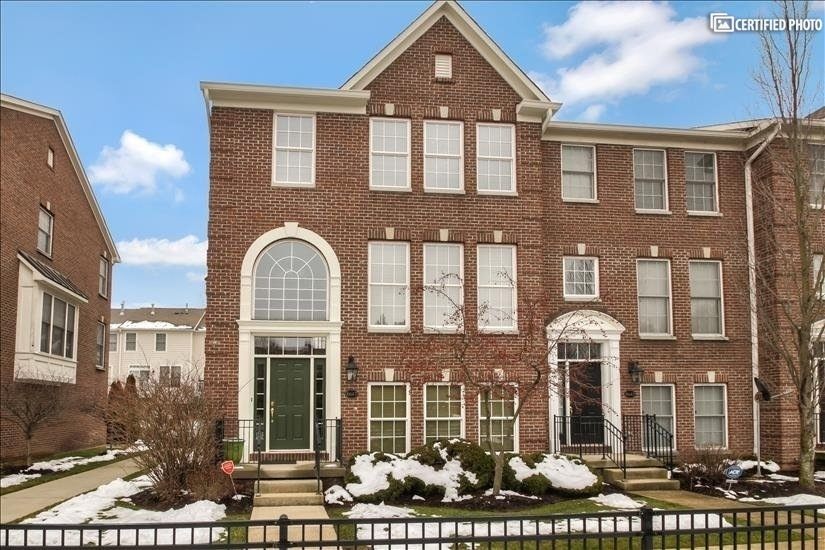 image 1 furnished 2 bedroom Townhouse for rent in Northwest Indianapolis, Indianapolis Area