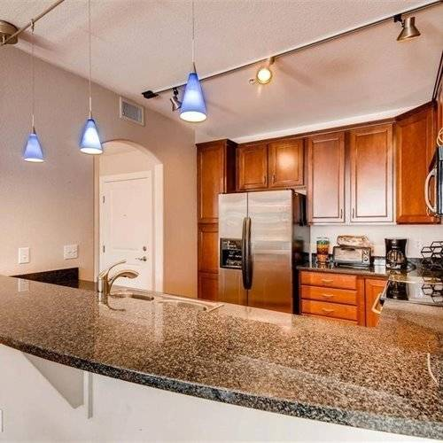 Beautiful Condo in the heart of DTC
