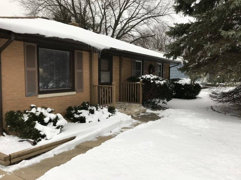 image 1 furnished 3 bedroom House for rent in Rockford, Winnebago County