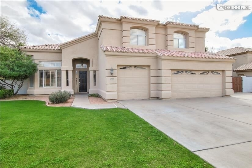 Luxe Home w/Heated Pool in Chandler
