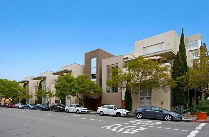 $3500 2 Park West Central San Diego, San Diego