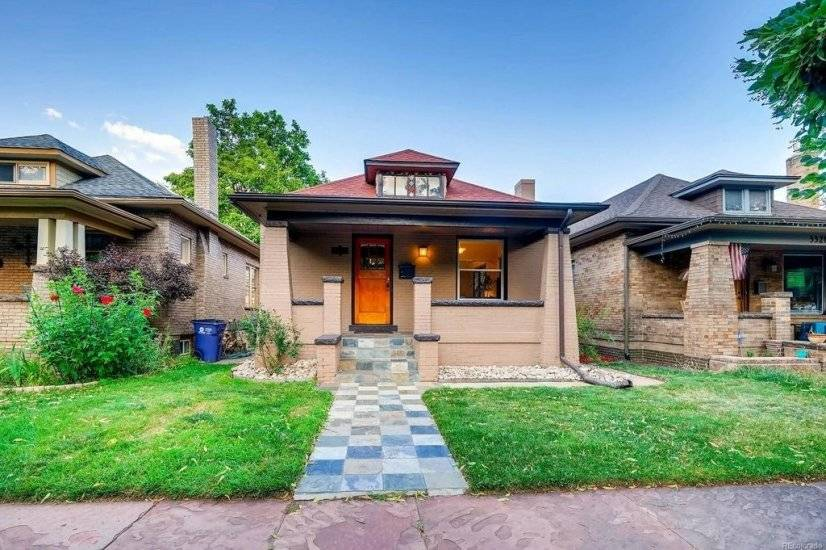 Beautifully appointed furnished single family rental
