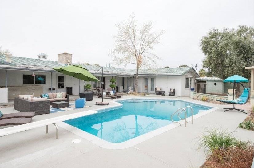 image 1 furnished 5 bedroom House for rent in Southwest Las Vegas, Las Vegas Area