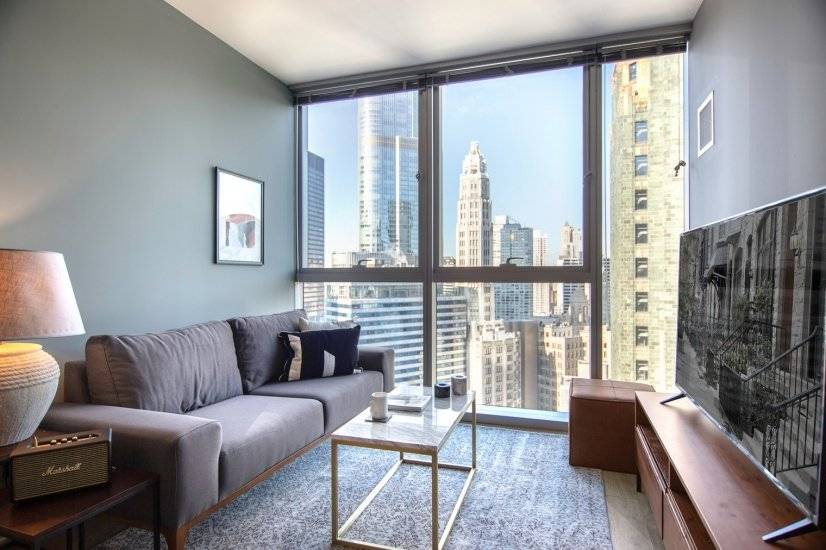 Furnished, Urban 1BR in the Loop w/ Gym
