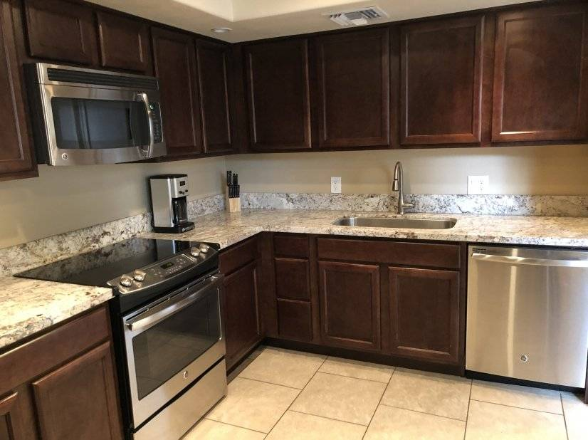 Updated beautiful kitchen! Phoenix AZ furnished rental