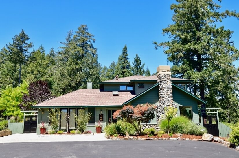 Pao House: A Fully Furnished Executive Home in Sebastopol