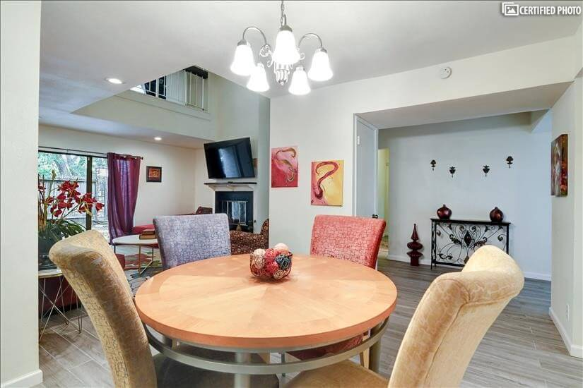 $2495 3 Balcones Heights West San Antonio, San Antonio
