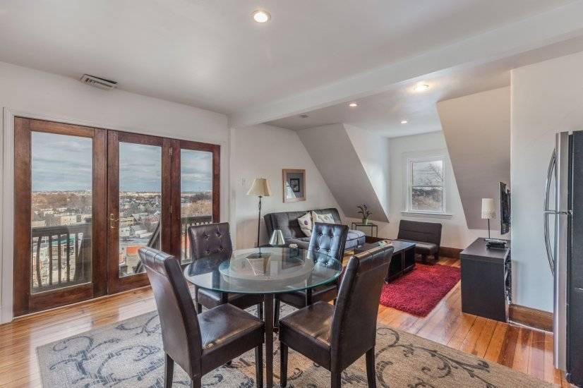 $4000 3 Dorchester, Boston Area