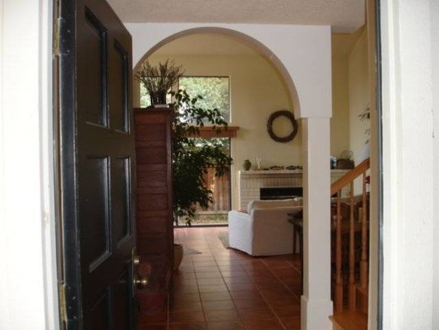image 1 furnished 2 bedroom Townhouse for rent in Napa, Napa Valley