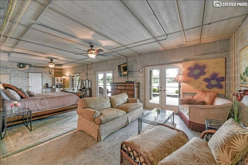 Stunning Furnished Sarasota Bay Frontage