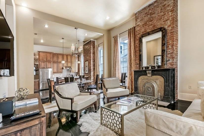 image 6 furnished 2 bedroom Townhouse for rent in Garden District, New Orleans Area
