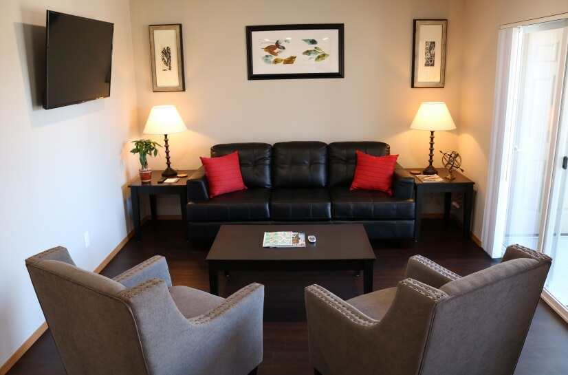 Fully Furnished 1 or 2 bedroom apartments in