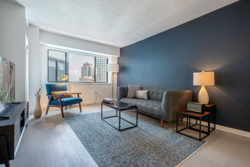 Furnished 1BR, Financial District w/Pool