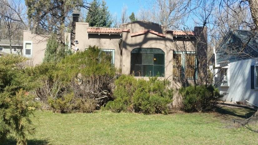Lovely 3 br/2 ba home in Cheyenne Canyon