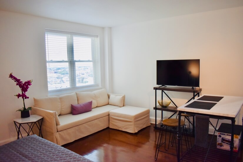 Furnished Condo With On-Site Parking