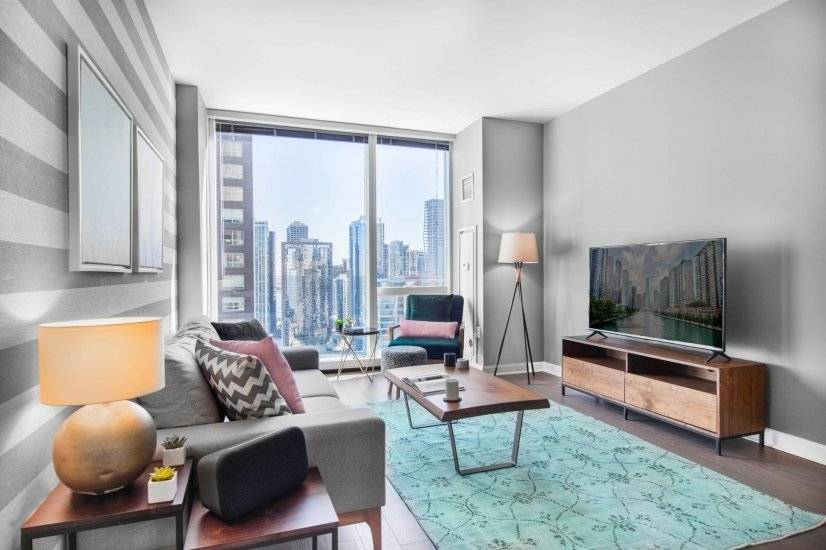 Ideal Streeterville 1BR w/Gym, Pool, W/D