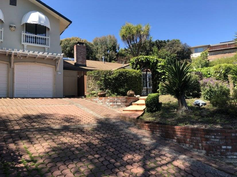 Front of home - Corporate Rental in SF North Bay Tiburon, CA