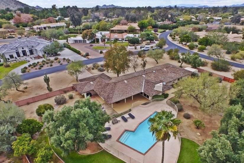 Luxury Mid Century in Paradise Valley