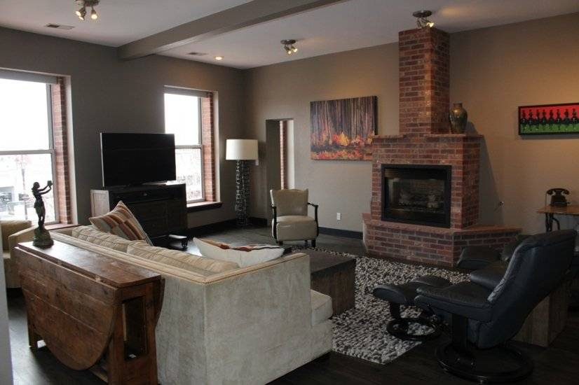Chic 2 bedroom Loft Situated in Arvada