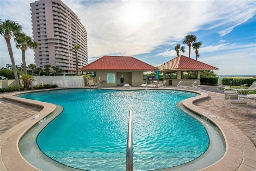 image 1 furnished 1 bedroom Townhouse for rent in Clearwater, Pinellas (St. Petersburg)