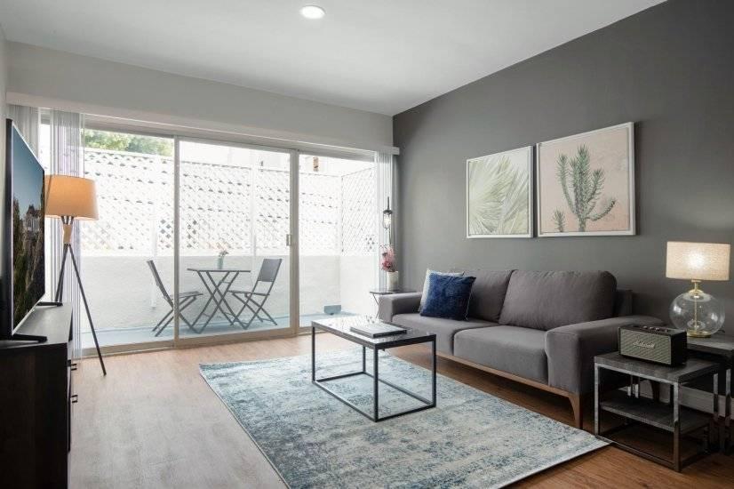 Los Angeles corporate rental in Brentwood CA