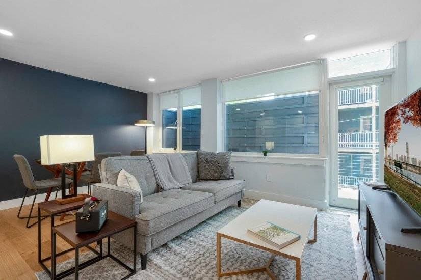 Fully Furnished, Harvard Square 2BR