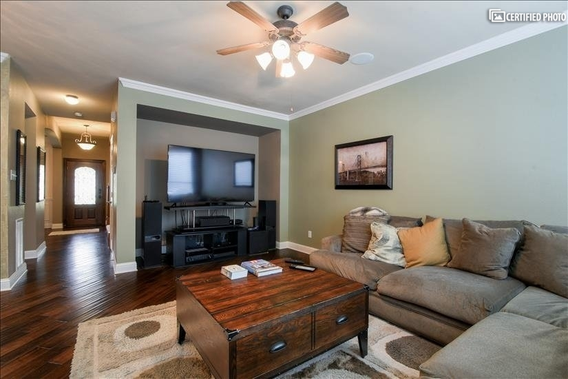 image 1 furnished 3 bedroom Townhouse for rent in Irving, Dallas County